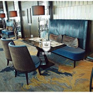 فندق مطعم مترف رخاميّة يتعشّى مجموعة