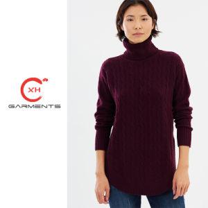 Xhの衣服ケーブルのタートル・ネックによって編まれるセーター