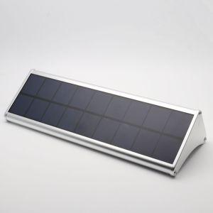 Alliage en aluminium à l'extérieur Jardin d'accueil du capteur de mouvement Radar Voyant DEL de mur solaire lumière solaire