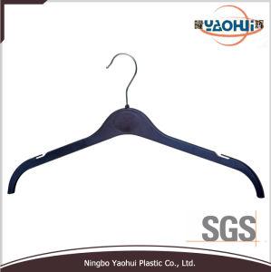 Resguardo plástico de moda Hanger com o gancho de metal para Revestimento