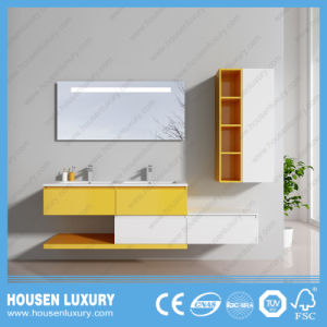 La última pintura brillante de color doble cuarto de baño HS-Q1112-1200
