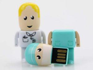 Las unidades flash USB de plástico, el robot de la memoria USB de disco, la figura de disco Flash USB, diversos tipos de forma humana Sy100 USB (U143)