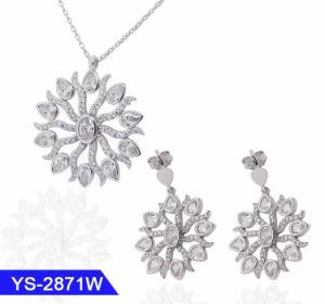 I monili di modo impostano il platino degli orecchini della collana di Zircon placcato