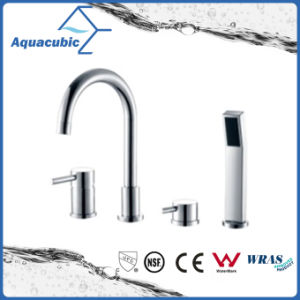 二重ハンドルはクロム染料で染めた手のシャワー(AF6009-2A)が付いている真鍮の浴槽の蛇口を