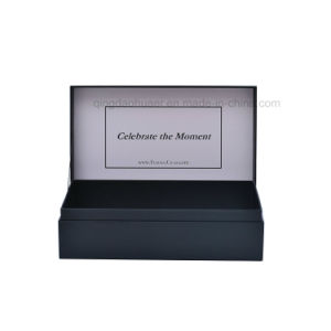 사치품에 의하여 관례 인쇄되는 까만 광택이 없는 마분지 선물 상자