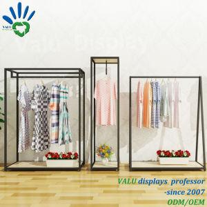 Cremagliera di mostra per la mostra della visualizzazione dei vestiti