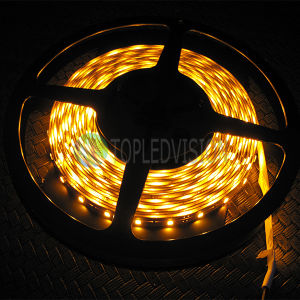 Amber SMD2835 LED Strip Light 60LEDs / M com Lumen Alto (22-28lm / LED)