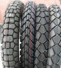 먼지 자전거 타이어 또는 기관자전차 타이어 (250-17 225-17)