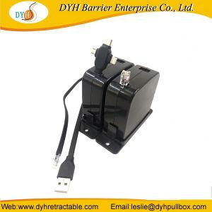 Venta caliente extensible duradera de la competencia cargador 220V Cable USB retráctil de tambor