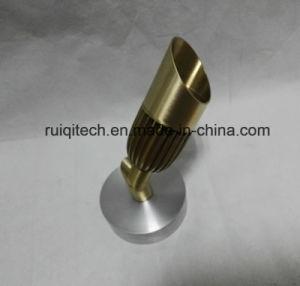 CNC girando las piezas de metal para LED Luces de jardín