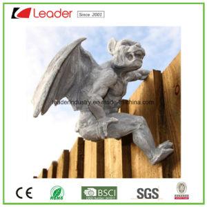 Het Standbeeld van de Hanger van de Omheining van de Gargouille van Polyresin voor Decoratieve Tuin