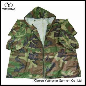 Estilo jaqueta camuflagem Militar Raincoat / Exército Desgaste de chuva
