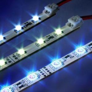 Tiras Flexibles LED impermeable (LED-5050-DC12V).