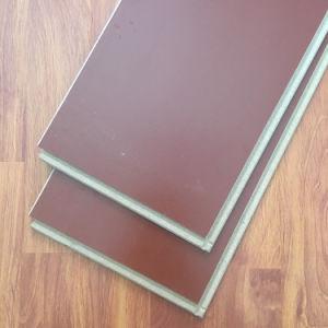 Fabricante de suelos laminados y pisos de vinilo (SPC Piso/LVT/WPC)