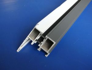 Alluminio e sega per tagli trasversali del doppio del portello della finestra del PVC