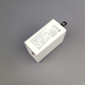 5V 2.4A Arbeitsweg USB-Adapter-Weltzwischenstecker-Kontaktbuchse-Amerika-Standard