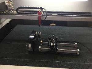 アクリルのためのレーザーの彫版機械かファブリックまたはおもちゃまたは衣服