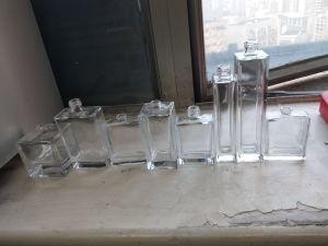 Bottiglia di profumo per 2018