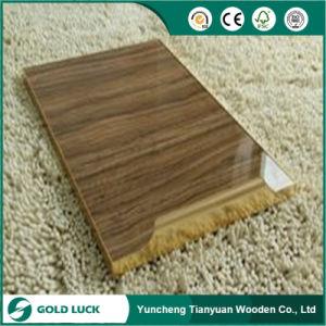 18mm hoher Glanz-UVfarbanstrich MDF für Möbel und Dekoration