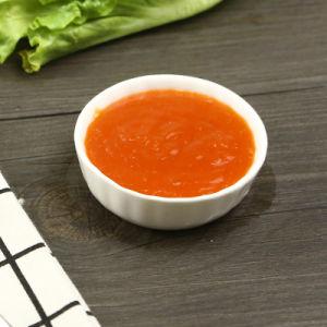 Pfeffer-Soße-Chutney, das Pasten-Gewürz-Würze-süsse Paprika-Soße eintaucht