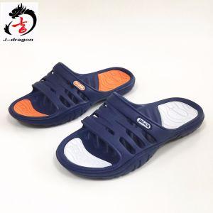 El diseño más reciente de la inyección de los hombres EVA zapatillas para hombres y mujeres