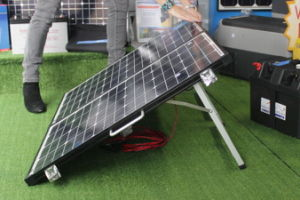 Panel solar plegable 120W para acampar con 9m de cable