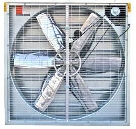 温室およびPoultry Exhaust FanおよびCooling Pad