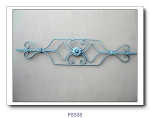 鋳鉄の塀の装飾的な部分