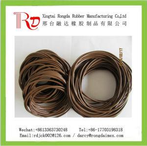 L'arbre rotatif /industriel automobile/ Utilisation du vérin hydraulique de bagues d'étanchéité en caoutchouc