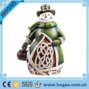 In het groot Binnen Nieuwe Kerstmis de Kerstman met het Beeldje van de Hars van de Lantaarn