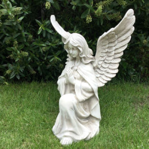 Construções prefabricadas rezando Anjo estátua de mármore branco com grandes asas