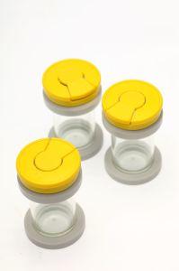 Conteneur de spécimen jetables en plastique avec couvercle