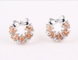 方法金の水晶花のスタッドのイヤリングの宝石類