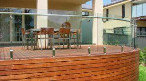 Balaustra laminata di piegamento e curvante esterna di vetro Tempered/inferriata curva della piattaforma