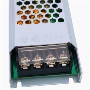alimentazione elettrica ultra sottile del trasformatore di CC LED di modo di commutazione di 200W 12V 24V, alimentazione elettrica a una uscita dell'adattatore di CC di modo dell'interruttore
