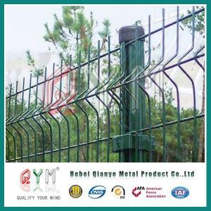 PVCによって塗られる溶接された金網の塀の金属の塀のパネル