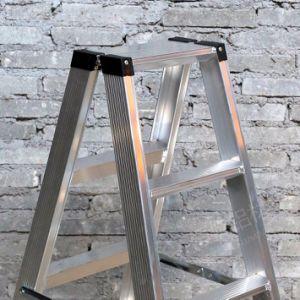 11のステップ形のアルミニウムプロフィールの梯子