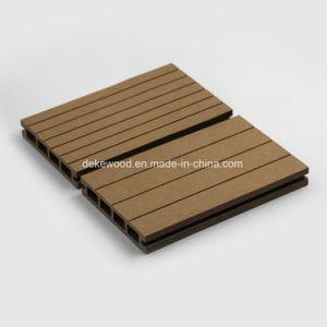 Горячая продажа WPC декорированных композитный дека для использования вне помещений пол 135*24мм
