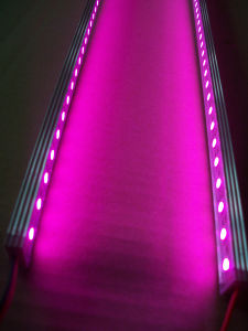 El polvo, la barra de luz LED rígida 5050