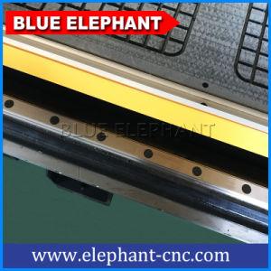 Ele 1325販売のためのCNCのフライス盤が付いている4つの軸線CNCのルーター機械