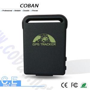 GPS mini Tk102-B con ranura para tarjeta SIM y el cable de los cargadores de coche