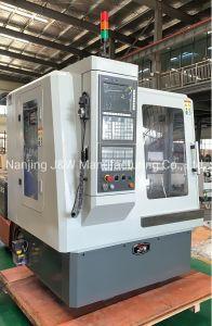 Tipo pequeño y ligero Vmc Centro de Mecanizado Vertical CNC fresadora CNC (VMC360)