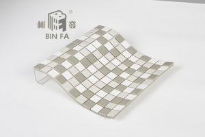 壁、台所、浴室およびプール、特別な装飾のための23*23mmの灰色および白い陶磁器のモザイク・タイル