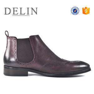 新しい普及した革偶然のブートの人の靴