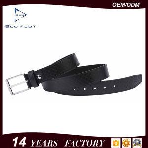 個人化された金属のバックルの黒の完全なグレーンレザーの男性用ベルト