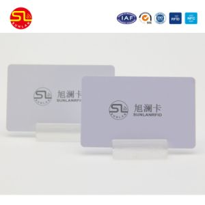 Smart Card all'ingrosso su ordinazione di affari del PVC Ntag213 NFC dello spazio in bianco