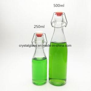 Einfaches geöffnetes alkoholisches Getränk 250ml füllt Fruchtsaft-Flasche ab