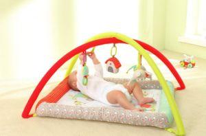 3人の農場の友人の赤ん坊のプラシ天くまのPlaymatのおもちゃ