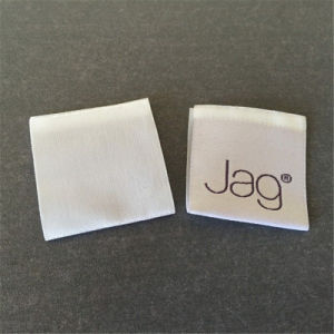Vêtement personnalisé Shirt thread matériel de fils de polyester brillant Étiquettes tissées Étiquette de vêtements