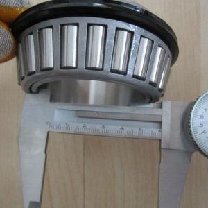 China de fábrica del cojinete de rodamiento de rodillos 32215 sellados de rodamiento de rodillos cónicos